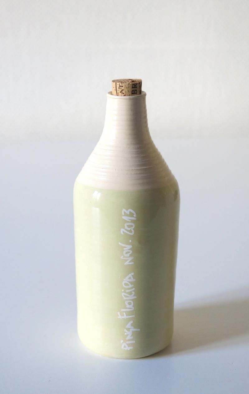 cachaça bottle